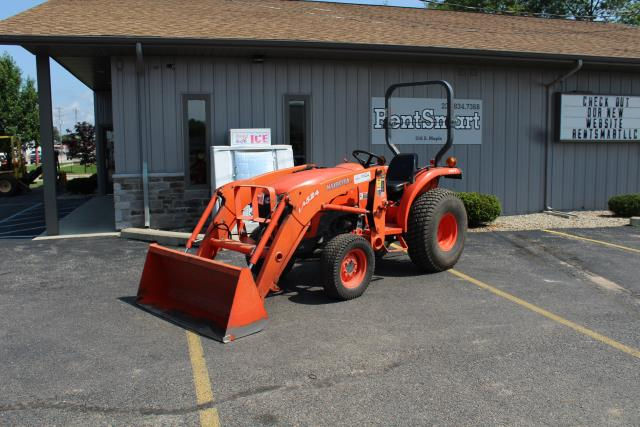 Where to find KUBOTA W  LOADER L3200 in Grant